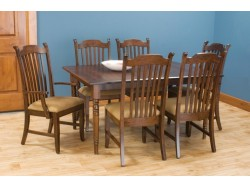 New England Dining Suite